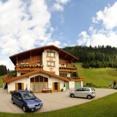 Urlaub mit der Familie in Berwang im Gästehaus Alpenblick