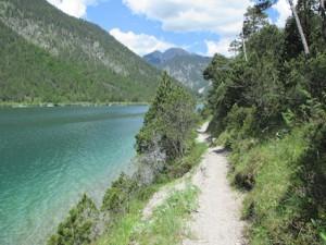 Plansee_Weg am Ufer