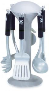 WMF Küchengeräte auf Ständer