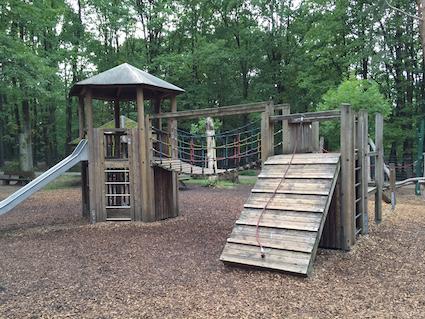 Klettergerüst Kinder Outdoor : Wildpark pforzheim spielplatz klettergerüst kinder spielzeit.de