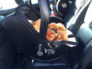 Kiddy evo-lunafix Standard-Position im Auto