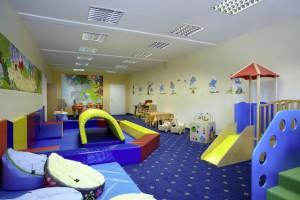 Krabbelclub Kinderhotel Oberjoch.jpg