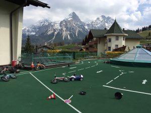 BMW-Kids-Parcours im Kinderhotel Alpenrose
