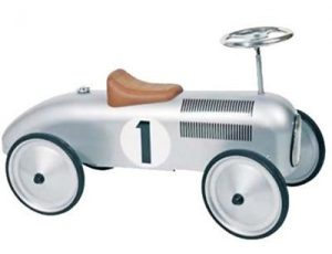 Goki 14136 Rutscherfahrzeug im Rutschauto Vergleich