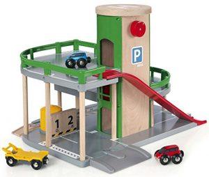 Brio 33204 Parkhaus, Straßen und Schienen im Spielzeug-Parkhaus Vergleich