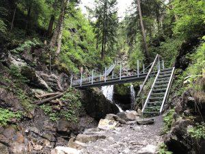 Tobelweg zur Gaisalpe_Stahlbrücke