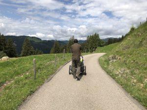 Wanderung zur Mittelalpe_Weg
