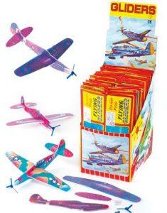 Baker Ross Gleitflugzeuge als Mitbringsel für den Kindergeburtstag