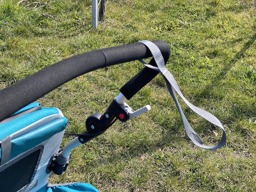 Qeridoo Speedkid1 im Praxis-Test_Bremse mit Schlaufe