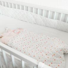 Ratgeber Babyschlafsäcke: Welche Modelle braucht man wann?